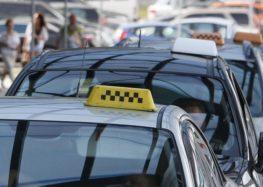 В Україні можливо з'являться касові апарати в таксі