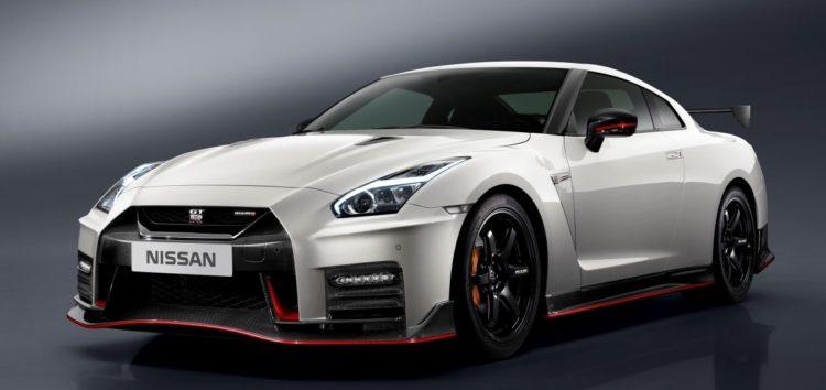 Nissan можливо почне створення «заряджених» авто