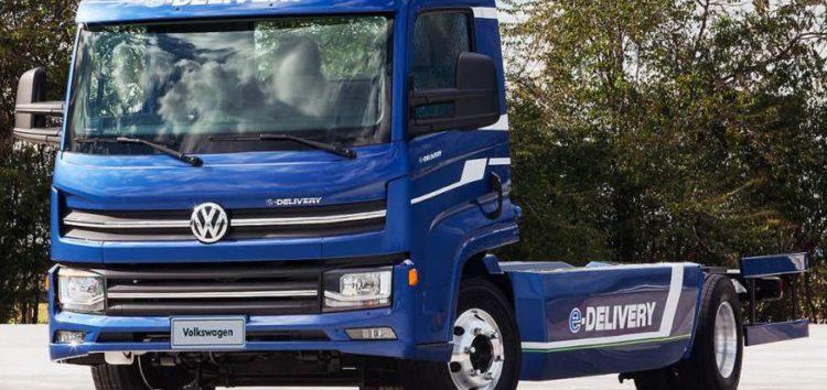 Електричні вантажівки Volkswagen першими у світі отримають новітні батареї