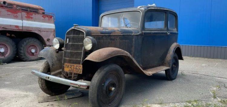 Поруч з Києвом знайшли ідеальний старий Opel