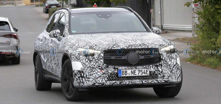 Mercedes тестує новий GLC 2023 року