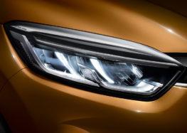 """Renault Captur представили в новій """"карбоновій"""" версії"""